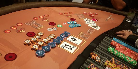 The Distinction Between Online Casino And Engines like google